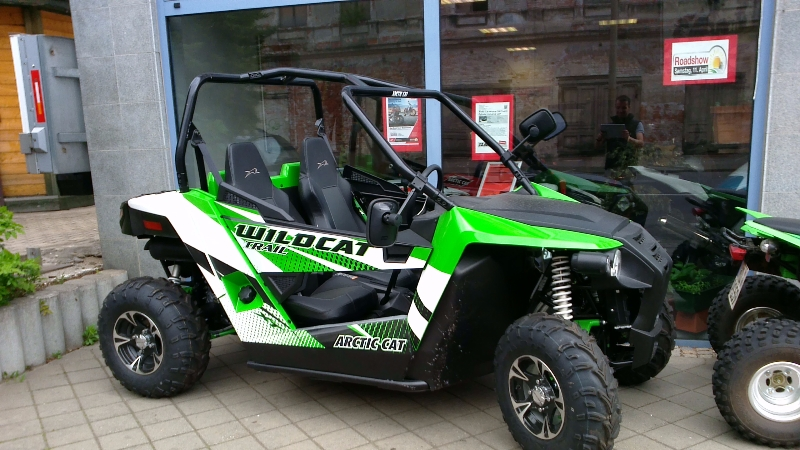 neu buggy vermietung arcticcat wildcat trail honda. Black Bedroom Furniture Sets. Home Design Ideas