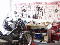 Reperaturwerkstatt im Motorradhaus Schwan